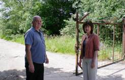 Cllr Chris Blakeley and Leah Fraser at the Carr Lane entrance to the brickworks site